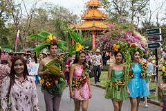 Fruits girls (Ye-Zu) Tags: voyage street trip bangkok thalande rue thailande worldtour krungthepmahanakhon tourdumonde