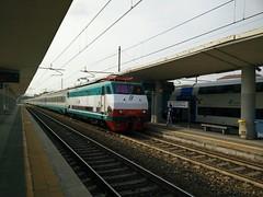 E444.031 R ICN 754 a Lingotto FS (simone.dibiase) Tags: city train torino ic trains r porta treno notte intercity nuova inter stato trenitalia 031 italiane lingotto treni dello icn ferrovie 754 e444r precedenza e444