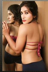 Bollywood Actress NISHA YADAV-HOT AND SEXY IMAGES-SET-1 (8)