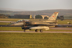 07-1020 (Rob390029) Tags: plane force martin aircraft aviation military air jet royal f16 block lockheed 60 turkish raf lossiemouth taxiing f16d b60 egqs tuaf 071020