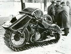 1936 BMW Schneekrad snow machine [1024x771] #HistoryPorn #history #retro http://ift.tt/1rBJfOe (Histolines) Tags: snow history 1936 machine retro bmw timeline vinatage 1024x771 historyporn histolines schneekrad httpifttt1rbjfoe