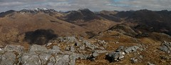 Looking east along the ridge of Druim Fada to the hills of Glenshiel (Mumbles Head) Tags: mountains scotland highlands grahams glenelg munros corbetts lochhourn