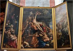 L'Erection de la Croix, triptyque, huile sur panneau, Pierre Paul Rubens. Il a ralis ce tableau en 1609-1610,  un ge voisin  celui du Christ crucifi. Cette oeuvre colossale faisait initialement partie du matre-autel de l'glise Sainte-Walburghe... (Barbara DALMAZZO-TEMPEL) Tags: belgium belgique belgi notredame cathdrale rubens triptyque antwerpen anvers intrieur onzelievevrouwe matreautel 16091610 pierrepaulrubens huilesurpanneau lerectiondelacroix glisesaintewalburghe
