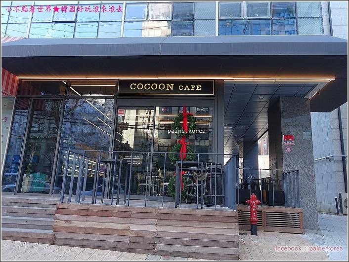 梨大COCOON Cafe 千層蛋糕 (1).JPG