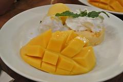 Mango Tango (kschiang) Tags: thailand bangkok asiatique graduationtrip mangotango dd107