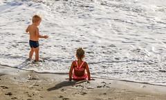 Children on a beach in Arguineguin (thorrisig) Tags: ocean sunlight beach grancanaria children child play þorri thorri börn strönd sunsine dorres sólarströnd leikur arguineguin sjórinn sigurgeirsson þorfinnur thorfinnur thorrisig þorrisig thorfinnursigurgeirsson þorfinnursigurgeirsson sigurgeirssonþorfinnur flæðarmálið