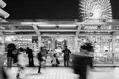 a view worth stopping (ken_tsuda) Tags: street bw white black japan 50mm moving nikon slow view shutter yokohama minatomirai d810 kentsuda 20160226hcpplus5417