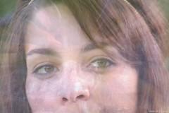 Fairy tales (Loran de Cevinne) Tags: portrait people face pentax yeux pensive expressive visage regard artiste rverie cheveux chanteuse songeuse chevelure rveuse