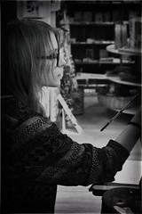 Street artist (Riccardo_29) Tags: street bw italy white black eye art glass hair photography photo eyes italian nikon strada artist italia foto arm lips occhi fotografia bianco nero artista emiliaromagna braccio capelli occhiali romagna cesena labbra d3100