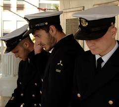 A bord du Dar Mlodziezy (jean-aimecombal) Tags: mer marine uniforme ste pologne marins escale