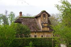 Versailles - 06 dans le parc du Chteau, la ferme de Marie-Antoinette (paspog) Tags: france spring versailles april avril chteau parc printemps marieantoinette frhling 2016 chteaudeversailles