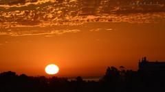 Un nuevo dia (Juank FT) Tags: sol amanecer anaranjado nikond3200 nuevodia