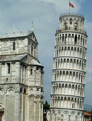 20150610-025F (m-klueber.de) Tags: italien italia dom pisa relief campanile duomo toscana turm toskana 2015 schiefer romanisch romanik mkbildkatalog 20150610 20150610025f