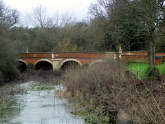 GOC Brookmans Park 024: Bridge, North Mymms (Peter O'Connor aka anemoneprojectors) Tags: bridge england building water architecture river kodak outdoor hertfordshire listed listedbuilding 2016 gradetwo goc rivercolne northmymms gradeiilisted grade2listedbuilding grade2listed gradeiilistedbuilding gradetwolisted watlingchase gayoutdoorclub gradetwolistedbuilding z981 kodakeasysharez981 northmymmspark gochertfordshire hertfordshiregoc watlingchasecommunityforest gocbrookmanspark