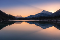 Dark Rays (Maximilian Fellermann) Tags: winter sun sunrise austria sterreich am shadows montains lech mornig weisenbach