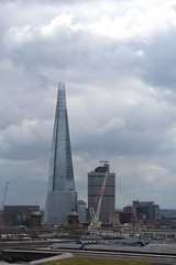 One New Change - view from the rooftop (pesce_d_aprile) Tags: city london rooftop landscape view terrace stpauls stpaul stpaulscathedral shard southwark cityoflondon southwarkcathedral rooftopterrace saintpaulcathedral viewfromtherooftop theshard onenewchange viewatonenewchange