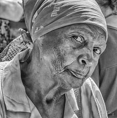 Mien - Havana/Cuba (Enio Godoy) Tags: travel portrait texture textura nikon retrato details havana cuba frias journey viagem vacations detalhes clouseup niksoftware d300s nikond300s silverefexpro2