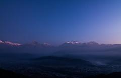 Sarangkot Sunrise (mouryach) Tags: nepal sunset mountain sunrise annapurna chitwan fishtail sarangkot blesky khatmandu pokhra swayanbhunath