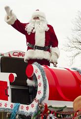 NOTL Santa Claus Parade - #86 (rumimume) Tags: christmas ontario canada canon photo still december niagara parade santaclaus l 70200 niagaraonthelake notl 2015 550d t2i rumimume
