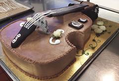 Chello Cake (paperfragment) Tags: sculpture music cake dessert baking tv sweet chocolate pastry vanilla nutella chello buttercream royalicing cakeart blockmuseum charlottemoorman
