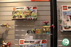 Toy Fair New York 2016: Angry Birds (The Brothers Brick) Tags: new york birds toy lego fair angry 2016