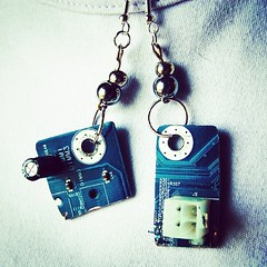 motherboard #earrings #recycled #orecchini #geek #riciclo... (Tuttosicrea) Tags: geek recycled earrings motherboard orecchini riciclo riuso uploaded:by=flickstagram instagram:photo=707988832458729563199187393