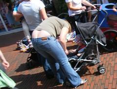 Flohmarkt (sqfan07) Tags: jeans buttcrack milf asscrack