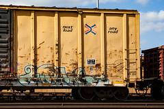 (o texano) Tags: bench graffiti texas houston trains worms broke freights a2m benching adikts