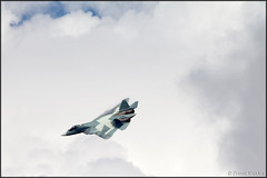 Sukhoi T-50 (Pavel Vanka) Tags: vortex plane airplane fly flying fighter russia moscow aircraft air jet spot airshow planes stealth spotting humidity stunt fifth maks sukhoi lii condense t50 highg 5thgeneration thrustvectoring ramenskoe zhukovskiy russianairforce highaoa sukhoit50