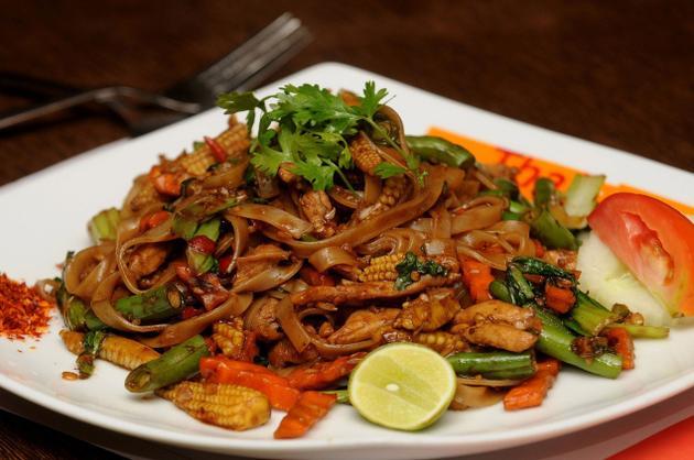 Nồng nàn hương vị lẩu Thai Express
