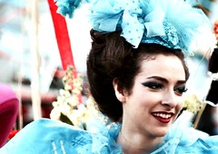 cArnival: blue belle (gregjack!) Tags: street carnival blue portrait woman france colour hat hair french nice cotedazur candid streetphotography belle nicecarnival kinfofmedia