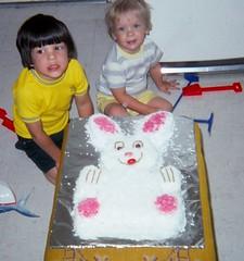 Easter 1976 (Stabbur's Master) Tags: easter easterbunny eastercandy