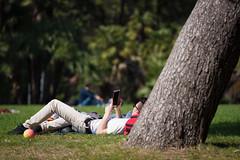 Moderno_relax (Danilo Mazzanti) Tags: primavera relax photography foto photos riposo fotografia albero fotografo danilo mazzanti rilassamento smartdevice danilomazzanti wwwdanilomazzantiit