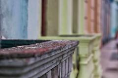 i colori di santa clara (mat56.) Tags: street city colors composition focus strada dof cuba perspective campo balconies santaclara antonio colori citt prospettiva composizione caraibi balconi profondit mat56 romei