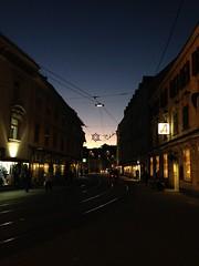 November 18, 2015 15:55 (freecatlady) Tags: street city sky lights abend sonnenuntergang dusk strasse himmel christmaslights stadt dmmerung graz dunkel beleuchtung abendhimmel lichter iphone abenddmmerung weihnachtsbeleuchtung