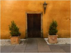 Culross colours (Janbro) Tags: abstract architecture scotland colours culross bethbro
