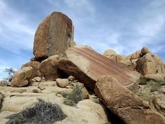sliced Boulder (h willome) Tags: california desert hiking joshuatree joshuatreenationalpark 2016 cottonwoodsprings