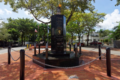Monument Bay of Pigs w Little Havana | Bay of Pigs Memorial in Little Havana