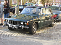Rover 3500 P6 MLE577L (Andrew2.8i) Tags: bristol breakfast meet queen queens square avenue drivers club rover p6 3500 v8 35 classic car sports executive