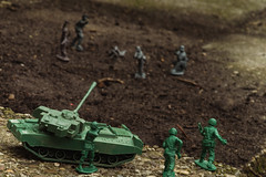Warzone WW2 (Htbaa) Tags: up closeup toy soldier miniature war close ww2 upclose toysoldier