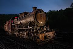 locomotora a vapor clase I (Daniel Pastor 70) Tags: espaa azul tren trenes noche riotinto huelva andalucia nocturna locomotora vias