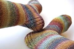 nfs f mag socks05 (thing4string) Tags: wool socks knitting sock spin knit handknit yarn spinning fingering handspun falkland handknitting handspinning 3ply nestfiberstudio