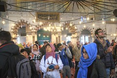 Eyes up (Tony Shertila) Tags: people building architecture turkey geotagged hall europe interior minaret indoor istanbul mosque tourist tur dome inside column visitors bluemosque atrium sultanahmet sultanahmedmosque geo:lat=4100545553 geo:lon=2897666573