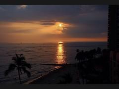 Outrigger Reef room view of Waikiki sunset (giuseppe schipano) Tags: sunset waikiki waikikisunset canon600d waikikioutriggerbeachresort