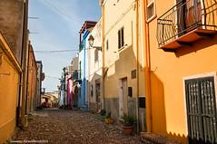 Bosa (Cjasar) Tags: sardegna houses tourism alley sardinia case vicolo turismo bosa sardigna