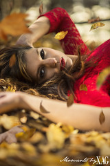 Zara Autumn (Moments by Xag) Tags: zara autumn fall otoo leaves hojas retrato portrait posado red rojo woman modelo model beauty belleza brunette moda morena fashion retiro sesion nikon d610 xag 85mm ltytr1 ltytr2