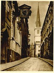 Anglų lietuvių žodynas. Žodis churchwarden reiškia n maršalka lietuviškai.