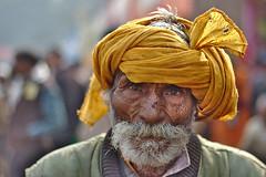 pilgrim again | Kolkata (arnabchat) Tags: portrait india eye face look canon hindu kolkata pilgrimage calcutta pilgrim bharat sankranti westbengal 2016 50f18 gangasagar arnabchat gansagartransitcamp