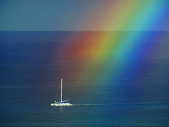 Sailing past today's gorgeous rainbow (peggyhr) Tags: ocean closeup hawaii boat rainbow 25faves peggyhr dsc01552a