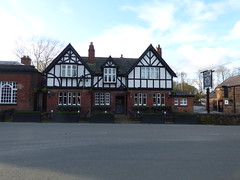 The Ring O Bells - Chester Road, Daresbury (ell brown) Tags: greatbritain trees england tree pub village cheshire unitedkingdom publichouse daresbury halton chesterrd theringobells daresburyvillage daresburyconservationarea theringobellsdaresbury daresburyparishcouncil chesterrddaresbury